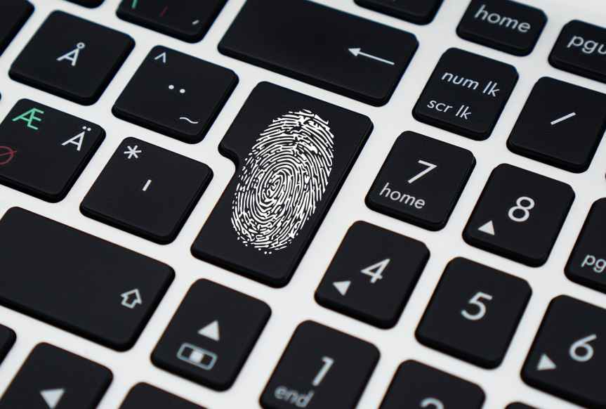 Identity theft scams, what to look out for:Sophos