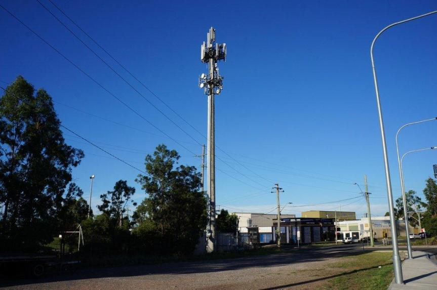 Optus ups mobile coverage of SW Victoria, flicks on 10 newsites