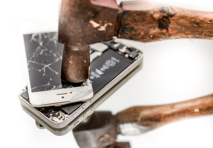 TELCO COMPLAINTS HIT THREE YEARLOW